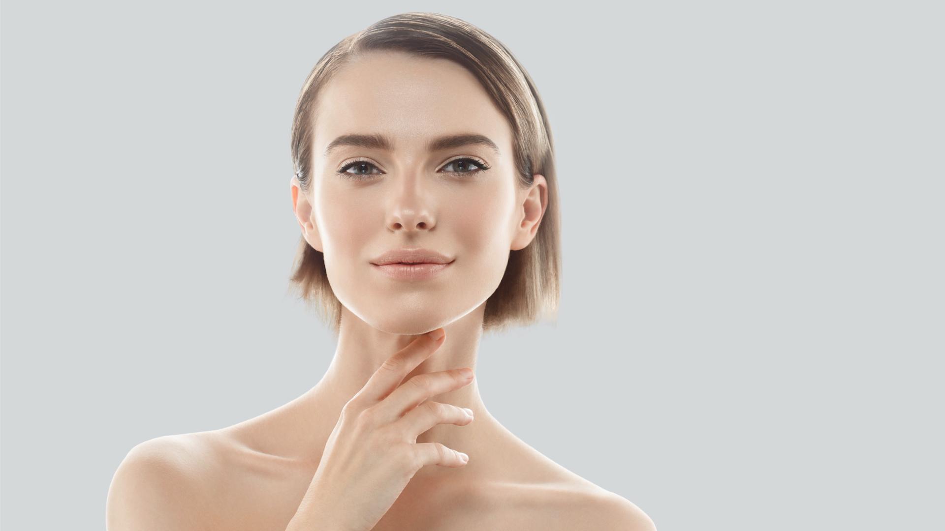 Come combattere la perdita della tonicità di viso, collo e décolleté.
